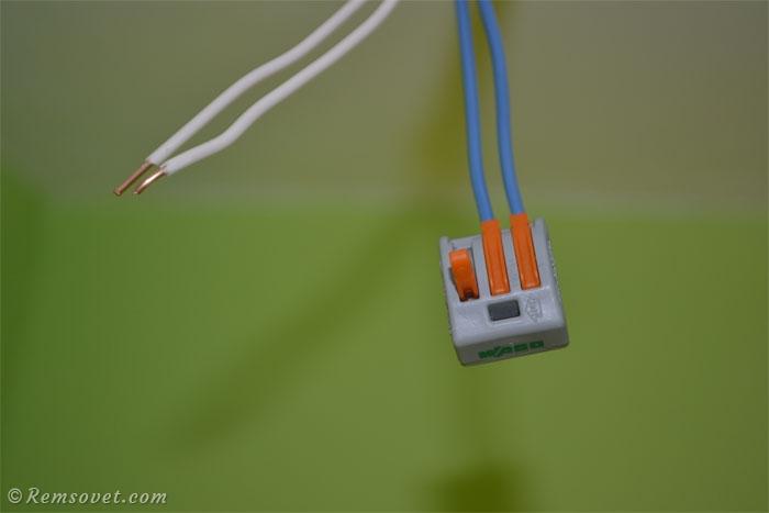Установка точечных LED светильников с использованием клеммников WAGO
