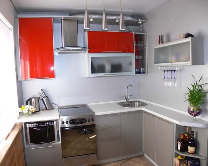 Г-образная планировка маленькой кухни