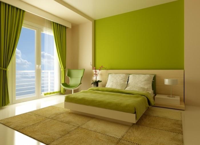 Классическая спальня в бежевых и зелёных тонах