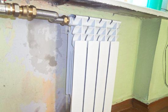 Монтаж секционного радиатора отопления своими руками