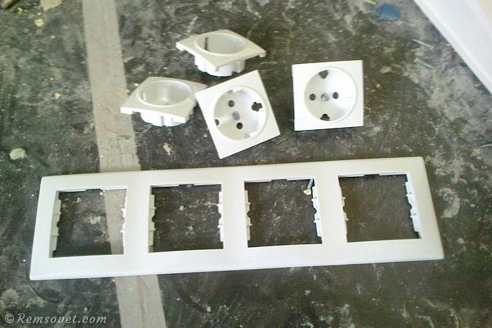 Рамка для блока на четыре розетки