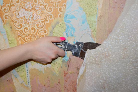 Как правильно удалять старые обои со стен